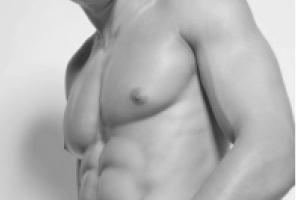 細マッチョの胸部トレーニング