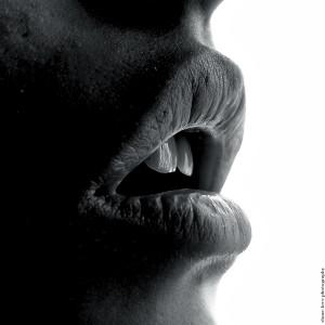 口臭発生源の特定方法